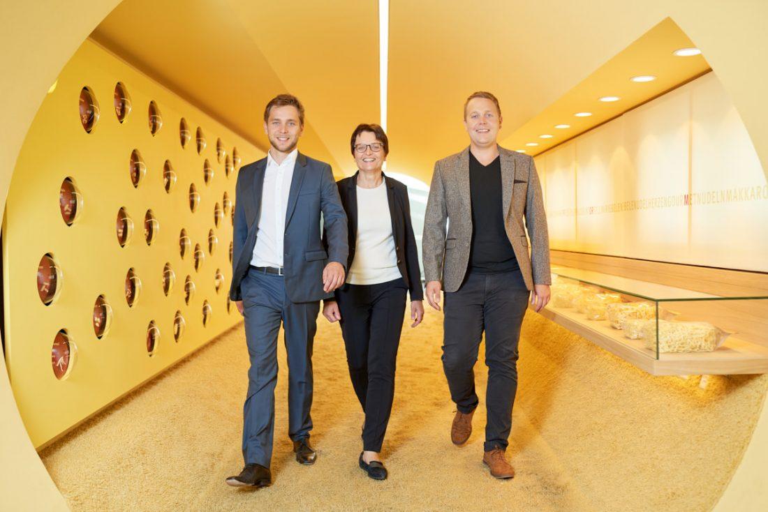 business_portrait_albgold_trochtelfingen_unternehmensfotograf_inhaberfamilie