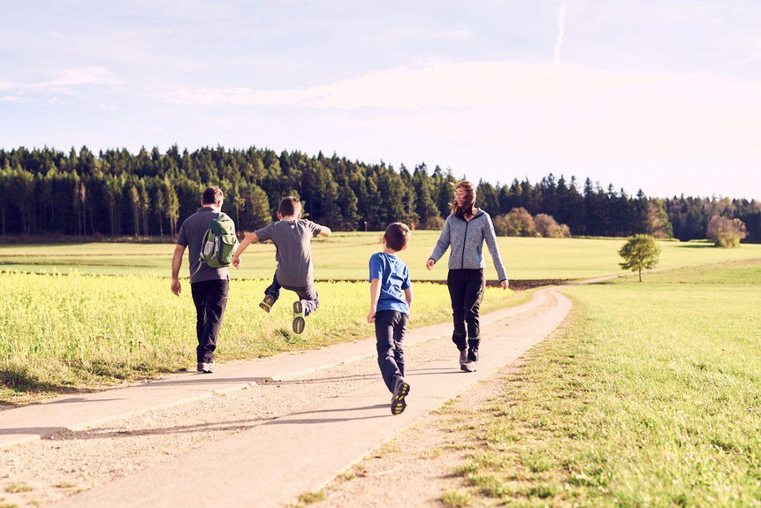 Werbefotografie Tourismusmarketing Stadt Trochtelfingen, wandern auf der schwäbischen Alb