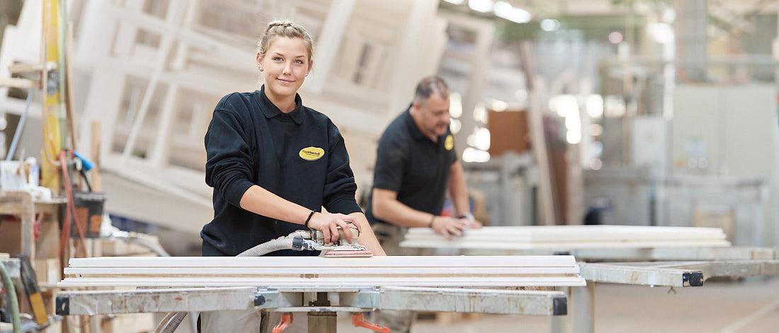 Fotograf für Firmenportrait, Corporate Fotoshooting bei Tübingen, Bodelshausen, Arbeitssituation in der Produktion