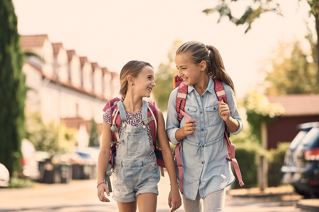 Werbefotoshooting, Werbefotografie für Hessisches Ministerium für Wirtschaft und Verkehr, Thema Nahmobilität, zu Fuß zur Schule laufen