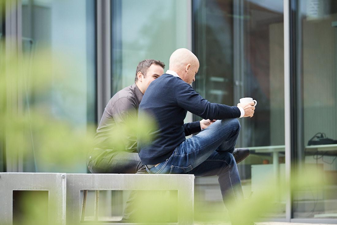 Businessfotos Outdoor, Business Pause im grünen
