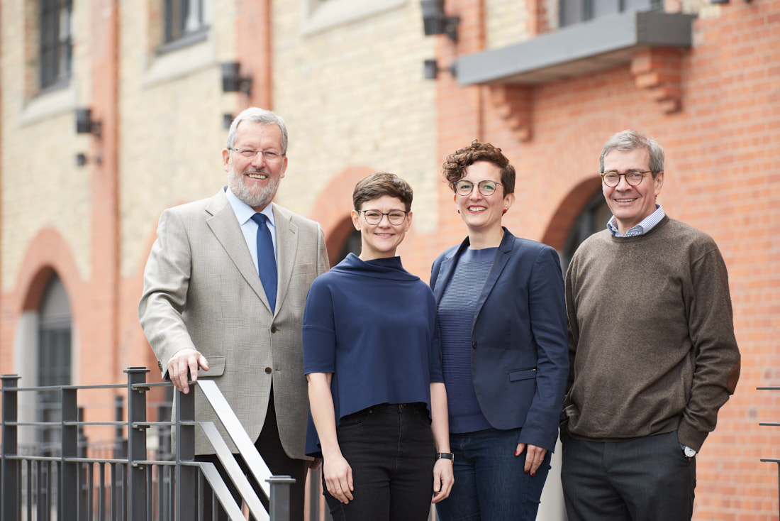 business portraits management stuttgart, teambild
